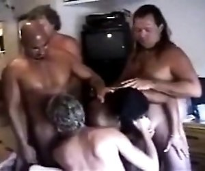 Swinger party previous