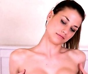 Gyno toys in her deep...