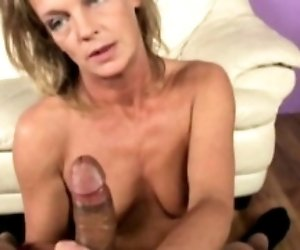 Mature cougar working his...