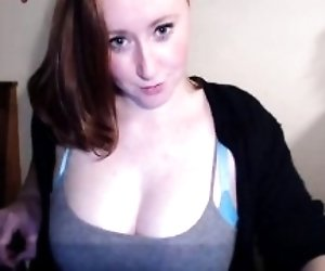 Curvy Ginger Webcam Girl...
