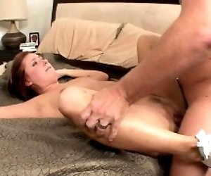 Brunettes fat pussy gets...